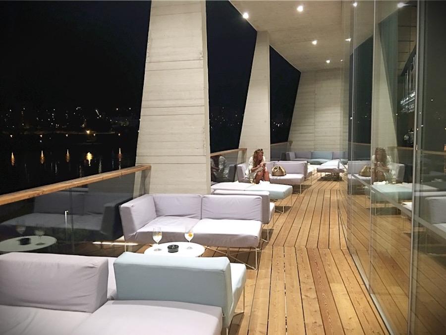 d-resort-bar1