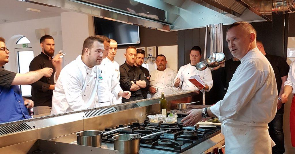kuharski kuhar datiranje iz friskoga teksa