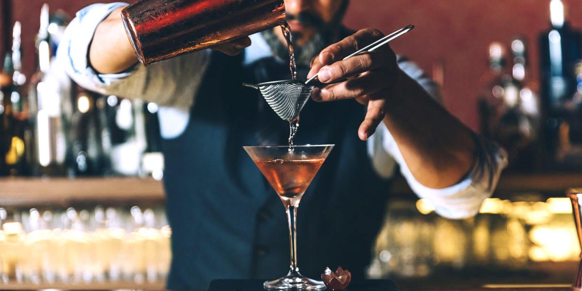 barmen-koktel-bar
