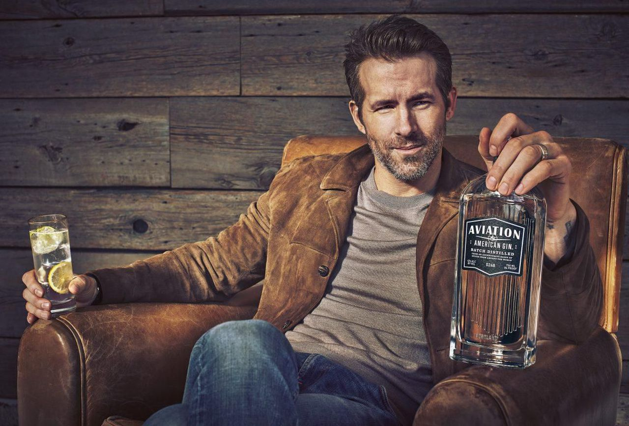 ryan-reynolds-aviation