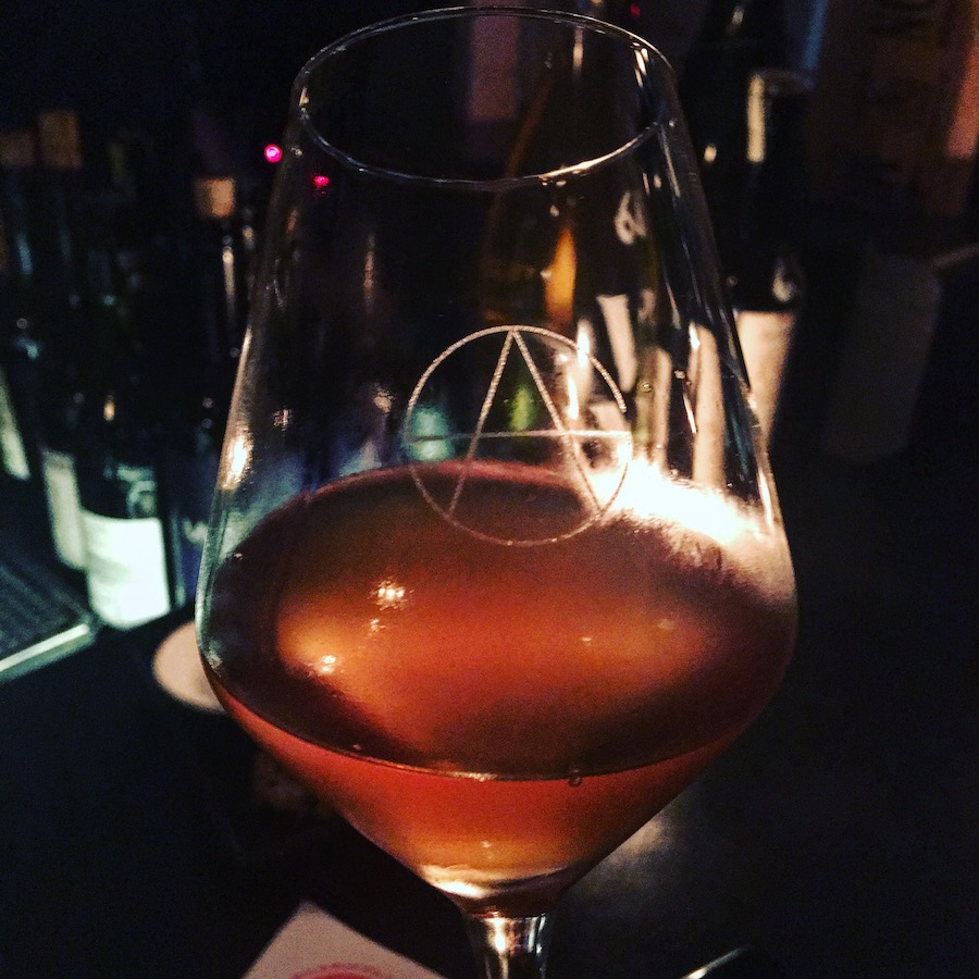 champagne-socialist-vino