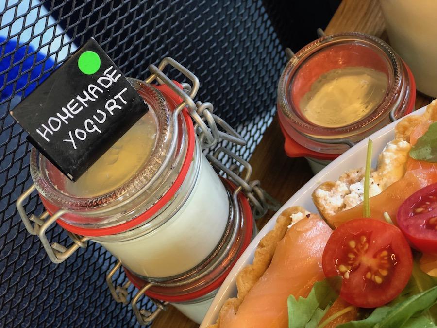 one-suite-dorucak-jogurt