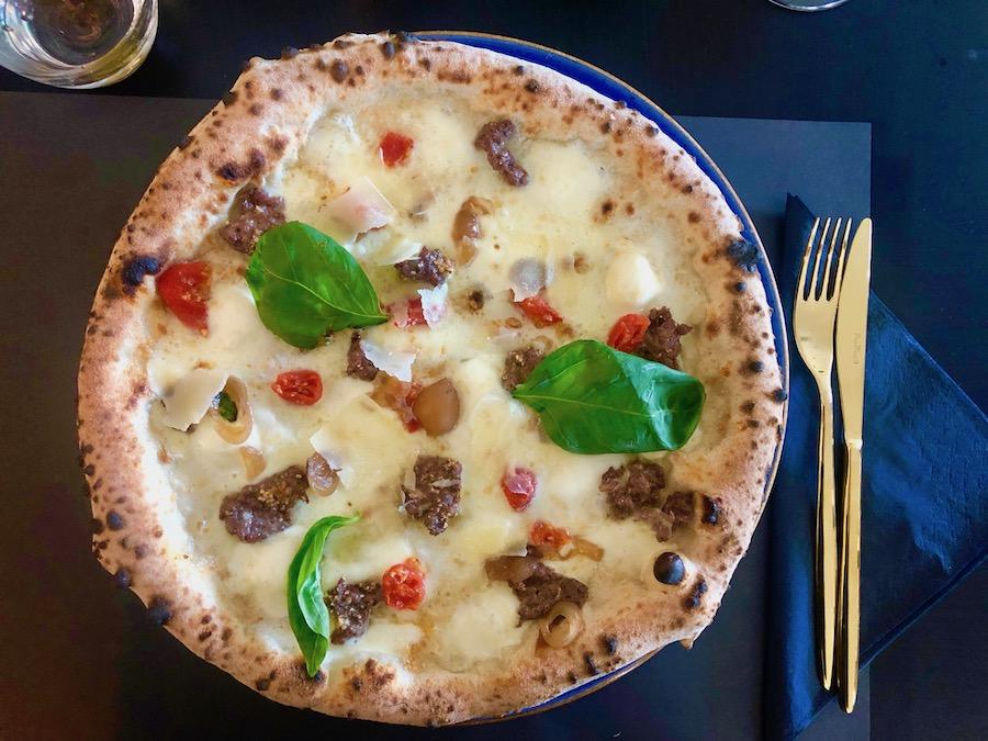 frankos-pizza-smoke