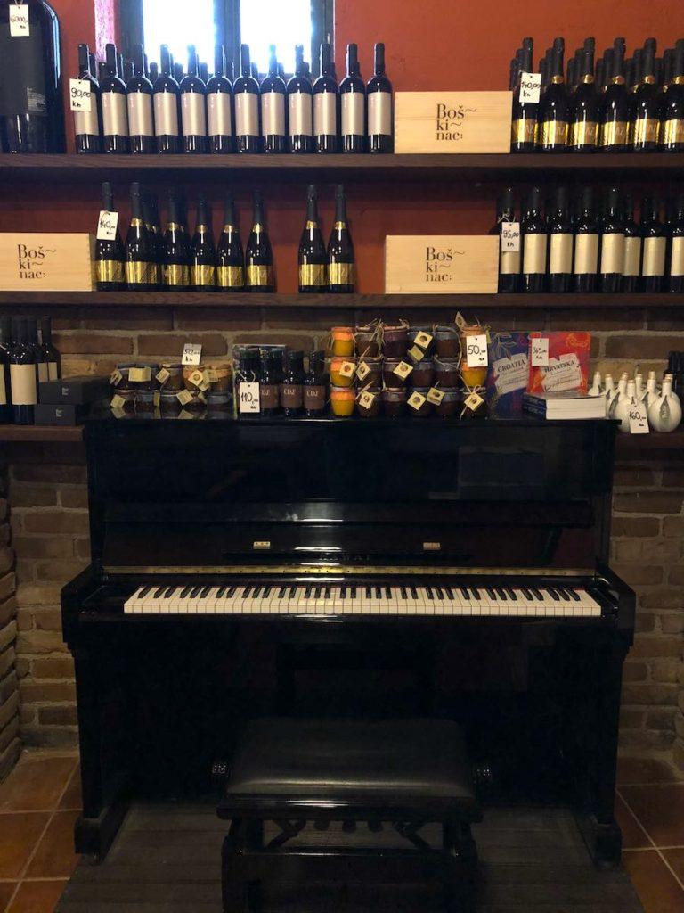 boskinac-podrum-piano