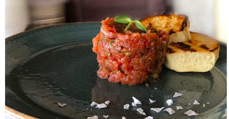 veranda-tuna-tartar