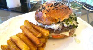 noel-burger